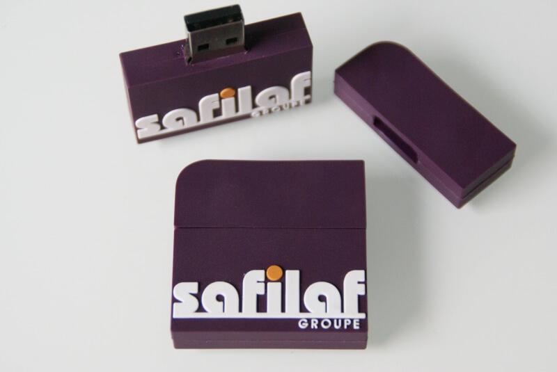 Clé USB sur mesure de la forme du logo
